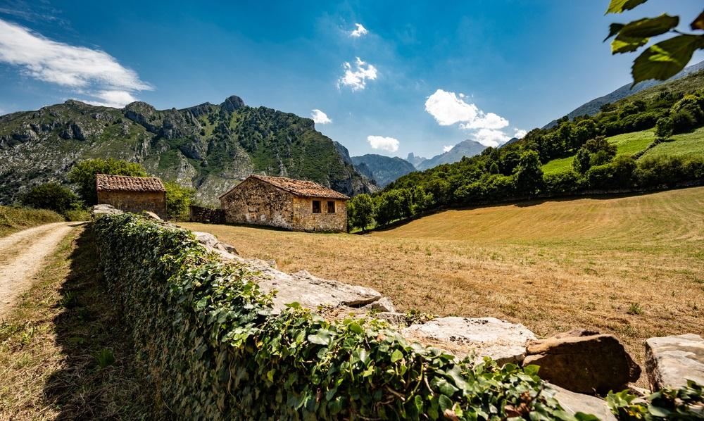 Észak Spanyolország kalandutazás és túrázás Asztúria és Baszkföld régiókban