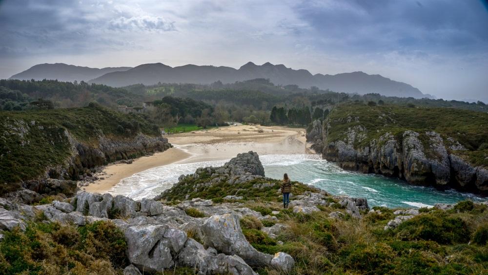 Észak spanyolországi kalandtúra tengerpart Llanes és Comillas