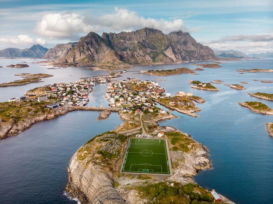 Henningsvaer Lofoten szigetek Norvégia