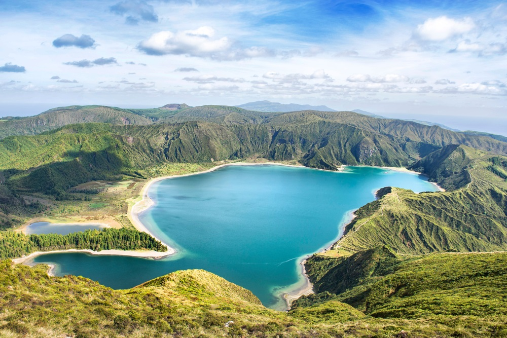 Lagoa das Sete Cidades Azori szigetek Sao Miguel kalandtúra csoportos utazás