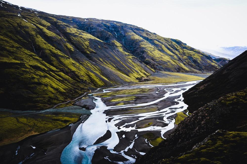 Laugavegur Fimmvörðuháls trekking Izland kalandtúra