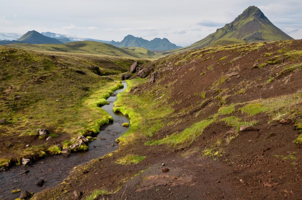 Laugavegur trekking Izland gyalogtúra csoporttal kalandutazás